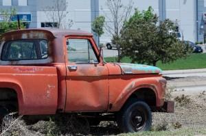 廃車や一時抹消、修復歴があるトラックは高価買取可能か!?